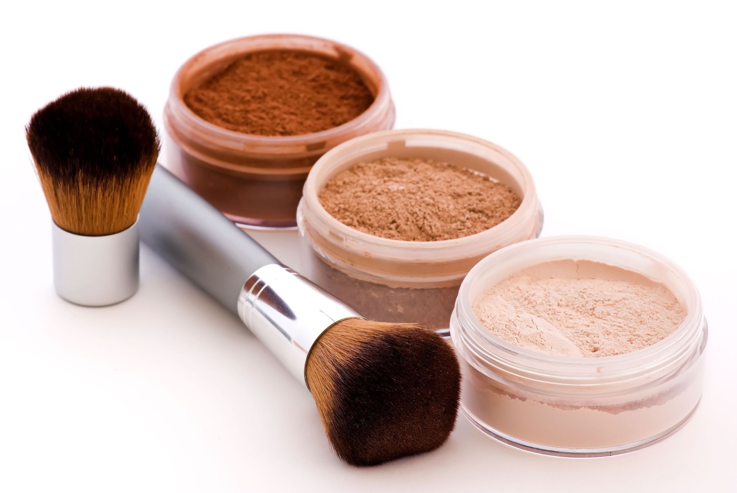 How To Make Your Own Natural Makeup Foundation